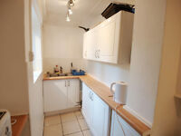 A bright 2 double bedroom flat located in Finchley Central short walk to tube