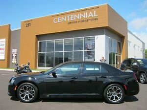 2015 Chrysler 300 300S (LOADED)