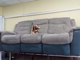 Exdisplay lazy boy grey electric recliner sofa