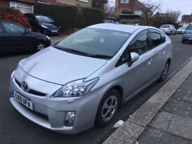 Toyota Prius hybrid 2011 excellent condition only £7500
