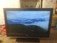 """for sale sony 32"""" hd lcd widescreen tv with freevie but no Remote Control £35"""