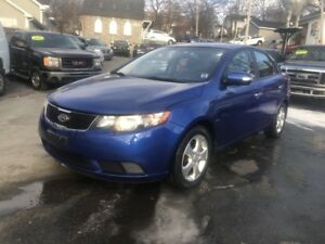 2010 Kia Forte 2.0L EX Low Kilometers, remote start