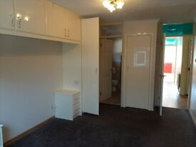 FREE Wardrobes and Drawers (built in)