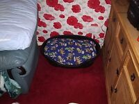 LARGE DOG BED AND CUSHION WITH SPARE CUSHION