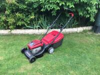 Mountfield SP470 self propelled petrol lawn mower