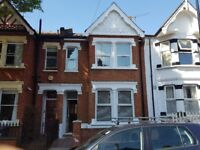 Newly Decorated 5 Bedroom House near Hanwell Station