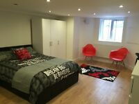Bed rooms, All bills included, luxury shared house, Close to city centre, Transport, Uni Fallowfield