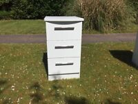 2 bedside tables - White