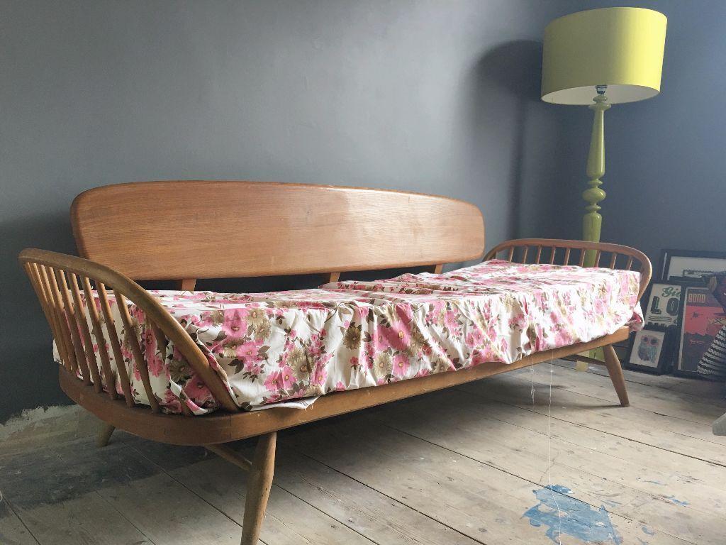 Ercol Windsor Studio Couch Day Bed Settee Sofa Frame Danish Scandi Style In Shirehampton