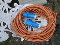 MAINS HOOK UP LEAD 25MTRS LONG £20