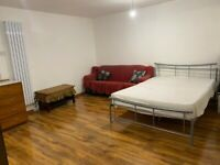 Large Studio to Rent in Plaistow (Available ASAP)