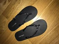 Anthony Morato flip flops