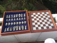 Danbury Mint Lord Of The Rings Chess Set (1993)