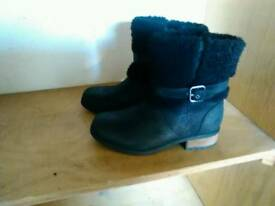 Ugg boots size 6.5