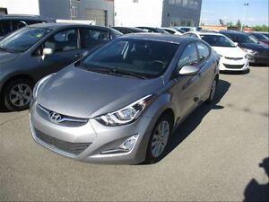 2015 Hyundai Elantra SE  Heated Seats  Backup CAM