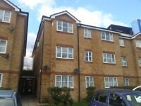 Newly decorated 1 double bedroom 2nd floor flat to rent in Wembley