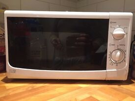 FREE DELIVERY - Sainsbury's 17L Microwave Oven, Fully Functioning, Input 1050W Output 700W