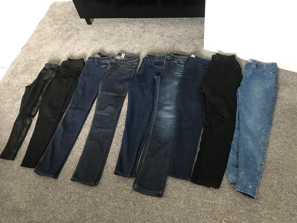 Ladies jeans/jeggings.