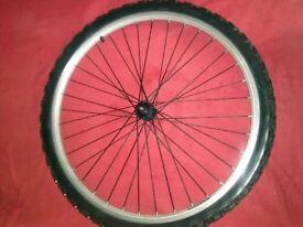 Front Mountain Bike Wheel & Tyre >> Good working order