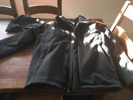 Mens Salomon black ski jacket - large