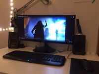 Strong Desktop PC Unit + Monitor + Keyboard + Mouse Great Set + Speakers Bargain AMD Gigabyte Razor