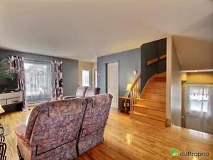 242 000$ - Jumelé à vendre à St-Hyacinthe Saint-Hyacinthe Québec image 2