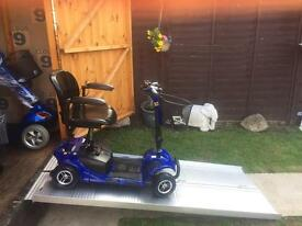 ELITE CARE BOOT SCOOTER COMPACT LIGHTWEIGHT - EX DEMO LIKE NEW