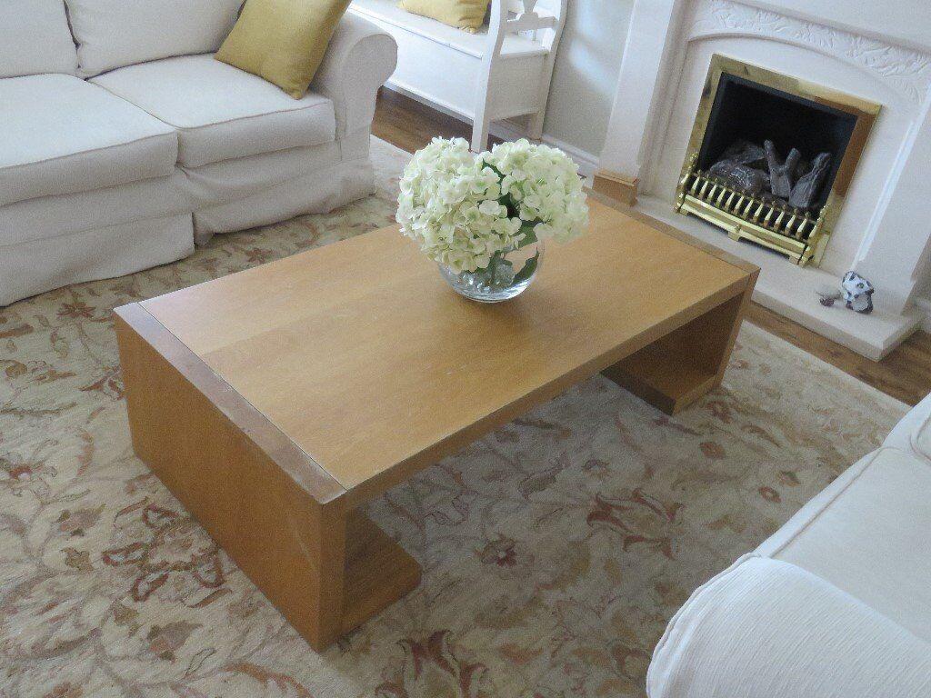 Collingwood & Batchelar Oak Veneered Coffee Table (L1400mm, W 700mm, H 380 mm).
