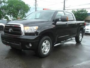 2011 Toyota Tundra SR5 5.7L Crew Max *Sunroof / Leather* 4WD