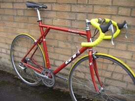 GT FORCE Super-light road bike - ready to ride - central Oxford