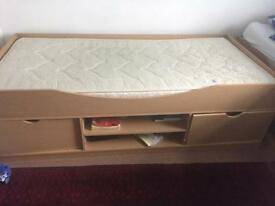 2 single beds with mattress
