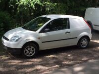Ford Fiesta van long mot £695