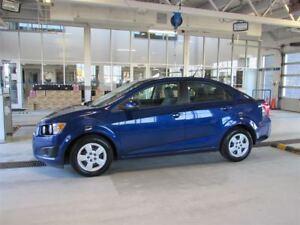 2012 Chevrolet Sonic LS PAS CHER avec L'AIR.. .CLIMATISÉ