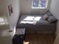 Available now ! Share with young flatmates and enjoy London. Beautiful Rooms