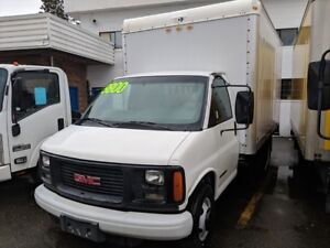 2002 GMC Savana 14 FT Box