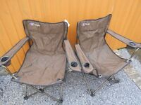 PAIR OF FOLDING MAC SPORT PRESTIGE CAMPING CHAIRS WITH BAGS
