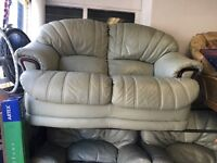 Lethal 2 seater 2 chairs