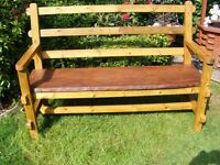 COTTAGE STYLE WOODEN BENCH