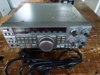 KENWOOD R5000 COMMUNICATIONS RECEIVER.