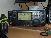 ICOM IC 7400 HF + 6 + 2 Mtrs Tranceiver