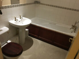 Double bedroom En-suite CB18YU Close to Cambridge City Centre and Addenbrookes