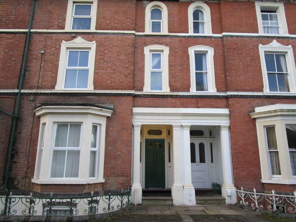 1 bedroom flat in Newbridge Crescent, Wolverhampton, West Midlands, WV6