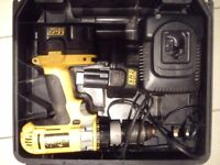 Dewalt 14.4v XRP 3 speed hammer drill with 2 batteries and charger