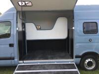 3.5T Horsebox Renault Master