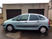 2001 Renault Picasso 1.6 SX mot till September looks and drives great