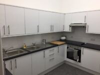 Fully furnished rooms to rent in large HMO property, West End, Glasgow, minutes from Byres Road.