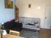 2 BEDROOMS GROUND FLOOR FLAT WITH GARDEN