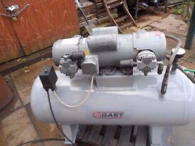 Air compressor Gast 100Lt, 240v.