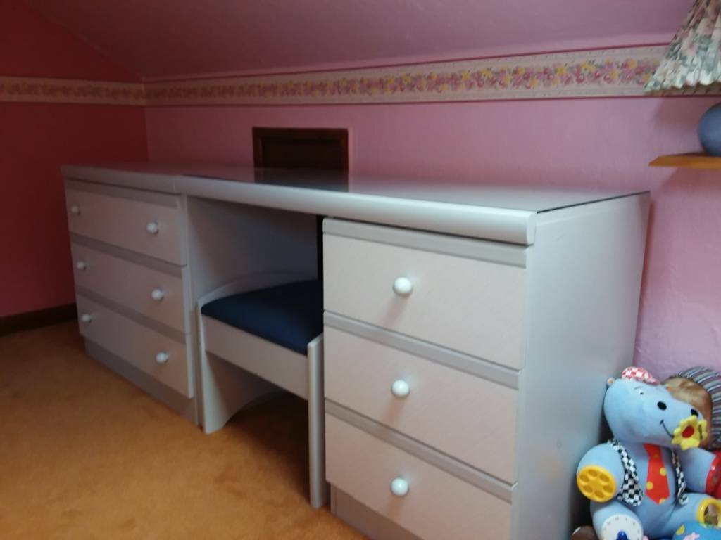 Bedroom Dressing Table Unit With Drawers In Bournemouth Dorset