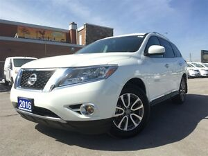 2016 Nissan Pathfinder SL-ACCIDENT FREE WITH UNDER 11000KM'S!!!!